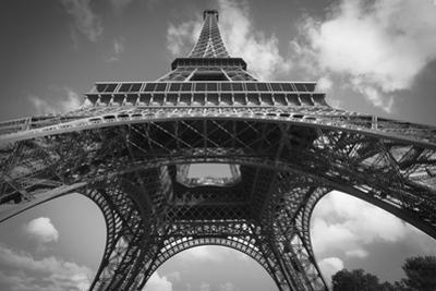 Eiffel 7 BW by Chris Bliss