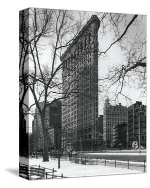 Flatiron Building by Chris Bliss