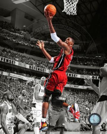 Chris Bosh Game 3 of the 2011 NBA Finals Spotlight Action