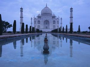 India, Uttar Pradesh, Agra, Taj Mahal, Built by Shah Jahan, Completed 1653 with Reflection in Pond by Chris Cheadle