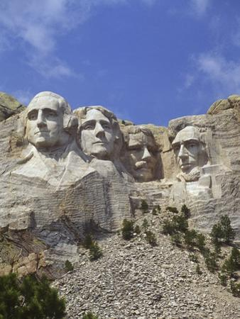 USA, South Dakota , Mount Rushmore Stone Carvings of US Presidents, George Washington, Thomas Jeffe by Chris Cheadle