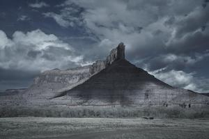 Landscape Palisade Bluff by Chris Dunker