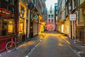 Red Light District, De Wallen, Amsterdam by Chris Hepburn