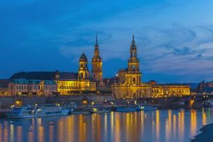 Europe, Germany, Dresden, Elbufer (Bank of the River Elbe), Saxony by Chris Seba