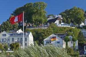 Europe, Germany, Hamburg, Blankenese, Villas by Chris Seba