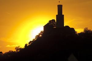 Germany, Hessen, Northern Hessen, Felsberg, Felsburg, 11. Cent., Evening Sun by Chris Seba