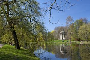 Germany, Lower Saxony, Hannover, Georgengarten, Leibniz Temple, Spring, Park Visitors by Chris Seba