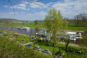 Germany, Lower Saxony, Weser Hills, Polle, the Weser, Tourboats by Chris Seba