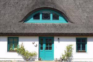 Germany, Mecklenburg-Western Pomerania, Island RŸgen, Thatched-Roof House, Entrance, Detail by Chris Seba