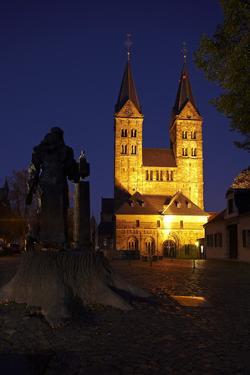 Germany, Northern Hessen, Fritzlar, Cathedral, Bonifatius Monument, Night by Chris Seba
