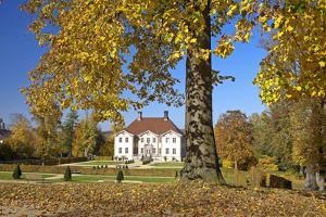 Germany, Ostwestfalen-Lippe, Schieder Castle, Castle Grounds, Autumn by Chris Seba