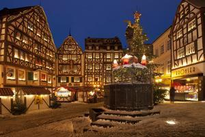 Germany, Rhineland-Palatinate, the Moselle, Bernkastel-Kues, Christmas Market by Chris Seba