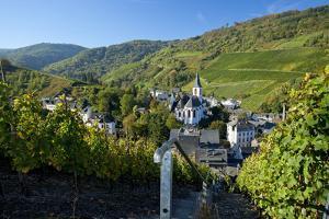 Germany, Rhineland-Palatinate, the Moselle, Traben-Trarbach, Catholic Parish Church St. Nicholas by Chris Seba
