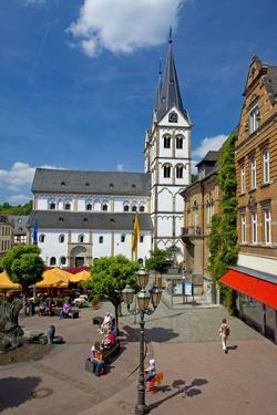Germany, Rhineland-Palatinate, the Rhine, Boppard, Market Square, Saint Severus Church by Chris Seba