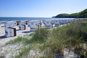 Germany, the Baltic Sea, Western Pomerania, Island RŸgen, Seaside Resort Binz, Beach Chairs by Chris Seba