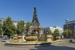 Germany, the Rhine, Baden-WŸrttemberg, Mannheim, City Centre, Paradeplatz by Chris Seba