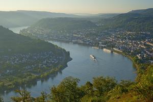Germany, the Rhine, Rhineland-Palatinate, Boppard, Rhine River Loop, Morning Fog by Chris Seba