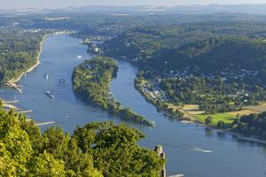Germany, the Rhine, Siebengebirge, Bonn, Kšnigswinter, Island Nonnenwerth by Chris Seba