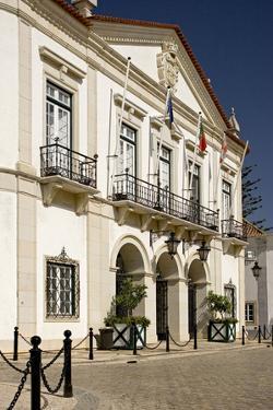 Portugal, Algarve, Faro, Old Town, Largo There Se by Chris Seba