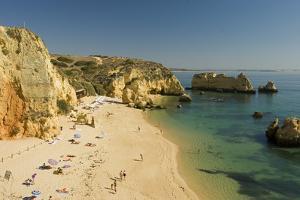Portugal, Algarve, Lagos, FelskŸste, Praia De Dona Ana by Chris Seba