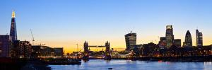 London Skyline Panoramic by chrisd2105