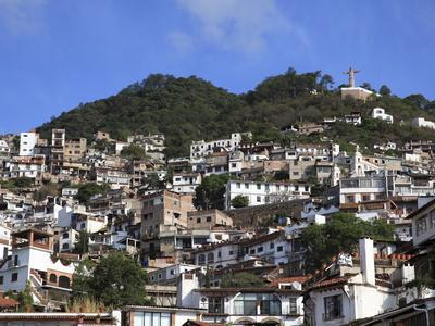 https://imgc.allpostersimages.com/img/posters/christ-statue-taxco-colonial-town-well-known-for-its-silver-markets-guerrero-state-mexico_u-L-PFO42J0.jpg?p=0