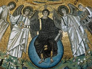 Christ Surrounded by Angels, St. Vitalis and Bishop Ecclesius. Apse. 6Th. Ravenna. Italy