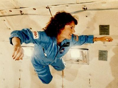 Christa McAuliffe Experiences Weightlessness