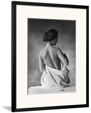Modesty by Christian Coigny