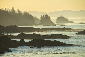 Canada, British Columbia Vancouver Island, Ucluelet, West Coast by Christian Heeb