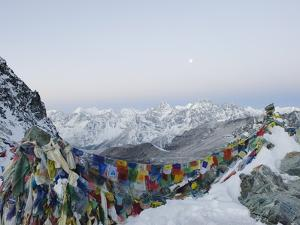 Cho La Pass, Solu Khumbu Everest Region, Sagarmatha National Park, Himalayas, Nepal, Asia by Christian Kober