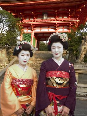 Geisha Maiko at Kiyomizu Dera Temple, Unesco World Heritage Site, Kyoto City, Honshu, Japan by Christian Kober