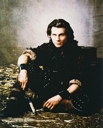 https://imgc.allpostersimages.com/img/posters/christian-slater-robin-hood-prince-of-thieves_u-L-PJ8IHO0.jpg?artPerspective=n