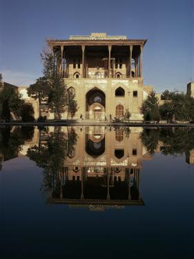 Ali Qapu Palace, Unesco World Heritage Site, Isfahan, Iran, Middle East by Christina Gascoigne