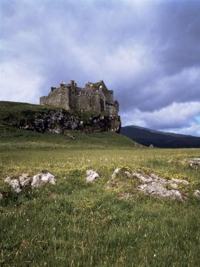 Duart Castle, Isle of Mull, Argyllshire, Inner Hebrides, Scotland, United Kingdom by Christina Gascoigne