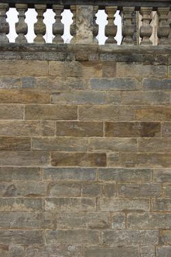 Sandstone wall by Christine Meder stage-art.de
