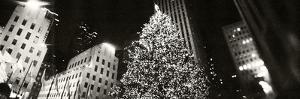 Christmas Tree Lit Up at Night, Rockefeller Center, Manhattan, New York City, New York State, USA