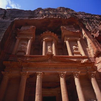 Khazneh, Petra, Jordan, Egypt by Christopher Rennie