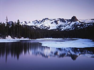 California, Sierra Nevada, Inyo, Mammoth Lakes, Lake Mamie Landscape
