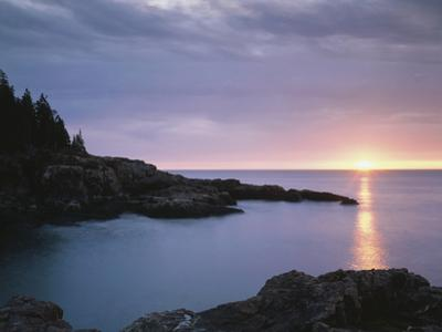 Maine, Acadia National Park, Sunrise over the Atlantic Ocean