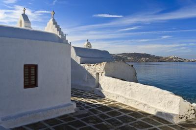 https://imgc.allpostersimages.com/img/posters/church-and-view-mykonos-town-chora-mykonos-cyclades-greek-islands-greece-europe_u-L-PQ8RSB0.jpg?artPerspective=n