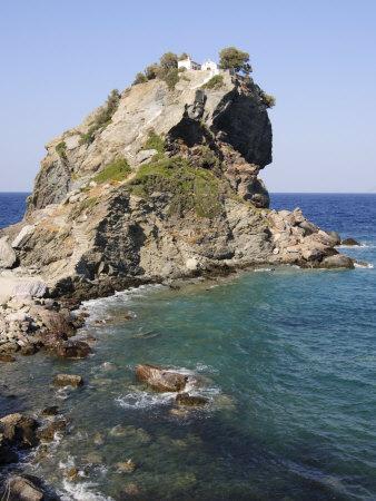 https://imgc.allpostersimages.com/img/posters/church-of-agios-ioannis-used-in-the-film-mamma-mia-skopelos-sporades-islands-greece_u-L-P7O04G0.jpg?p=0
