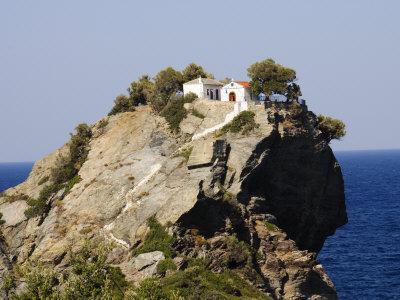 https://imgc.allpostersimages.com/img/posters/church-of-agios-ioannis-used-in-the-film-mamma-mia-skopelos-sporades-islands-greece_u-L-P7O0680.jpg?p=0