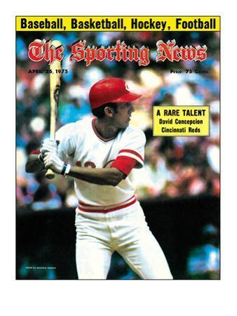 Cincinnati Reds SS David Concepcion - April 26, 1975