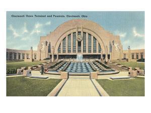 Cincinnati Union Terminal and Fountain, Cincinnati, Ohio