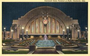 Cincinnati Union Terminal at Night, Cincinnati, Ohio
