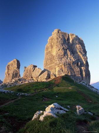 https://imgc.allpostersimages.com/img/posters/cinque-torri-at-sunset-near-cortina-d-ampezzo-dolomites-veneto-italy_u-L-P1TGR30.jpg?p=0