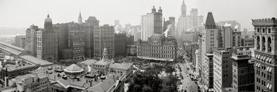 https://imgc.allpostersimages.com/img/posters/city-hall-panorama-new-york_u-L-Q10PER80.jpg?artPerspective=n