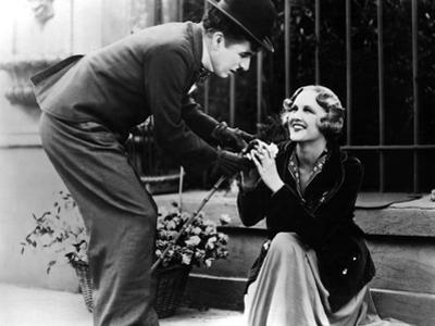 City Lights, Charlie Chaplin, Virginia Cherrill, 1931