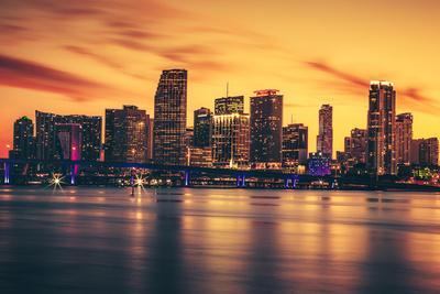 https://imgc.allpostersimages.com/img/posters/city-of-miami-at-sunset_u-L-Q105M7I0.jpg?p=0